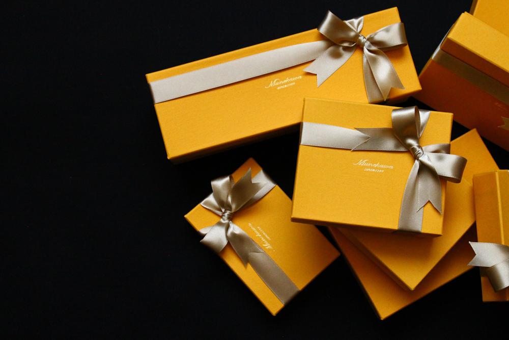 Giftwrappingスライド画像