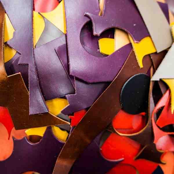 ハロウィンのような色合い プレゼントに最適の靴ベラキーリング