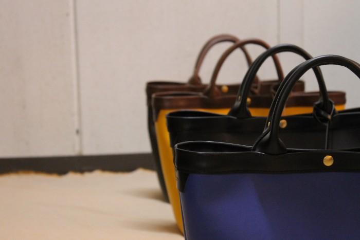 あなただけのバッグ。4色限定フルレザートートバッグ