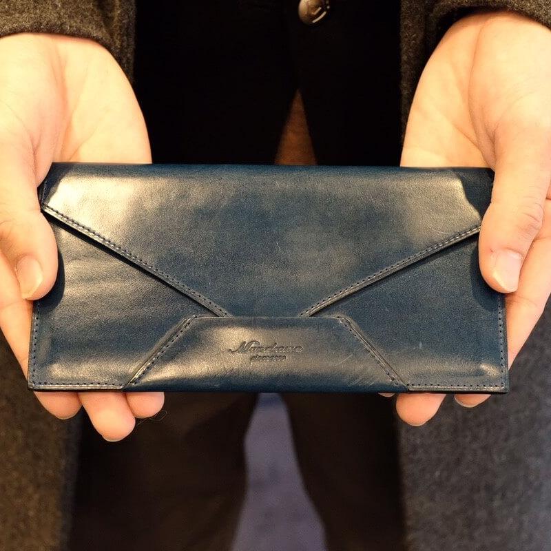 30代 男性 /封筒型長財布 Encase ブルー