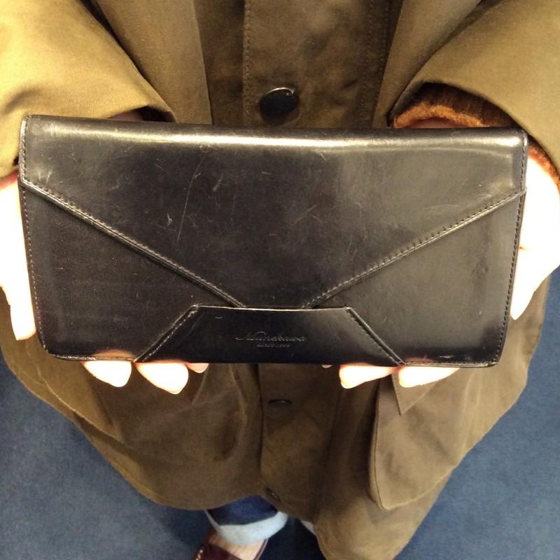 30代 女性 /封筒型長財布 Encase ブラック