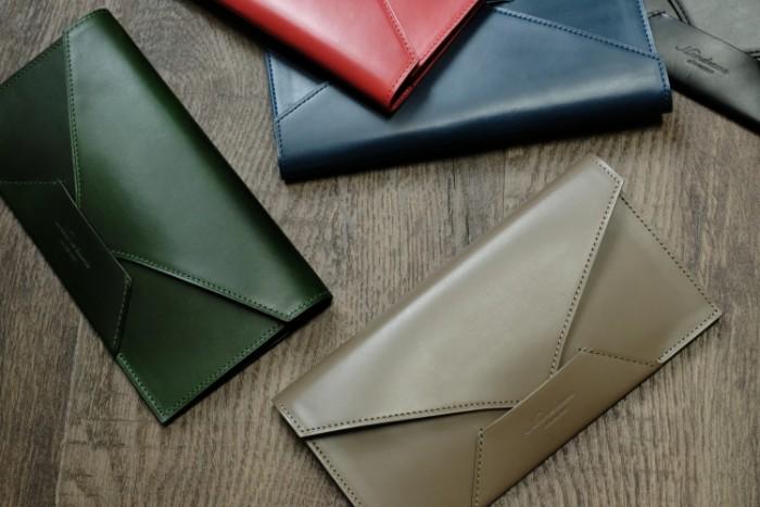 封筒型長財布Encaseの使い方の動画を公開しました。