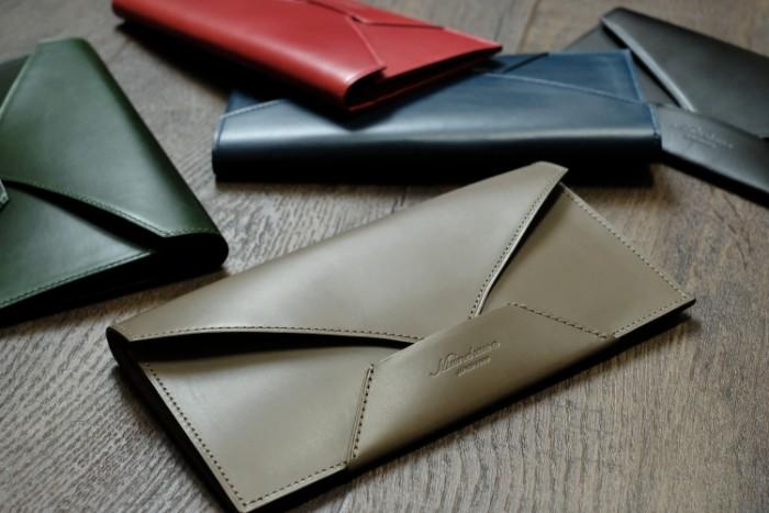 封筒型長財布の製作・革漉き機を使った面漉きの工程