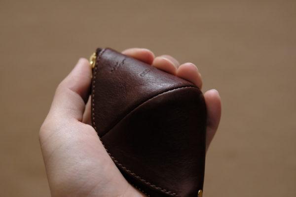 立体的なコインケース Grip