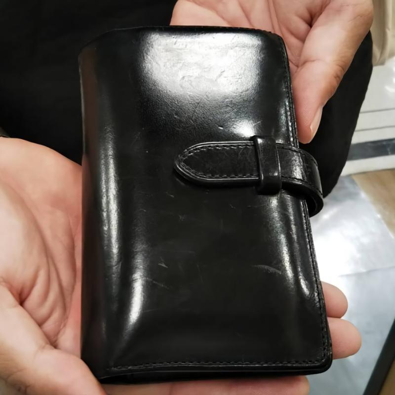 30代 男性 / ストラップ付縦長二つ折り財布 Fasten ブラック