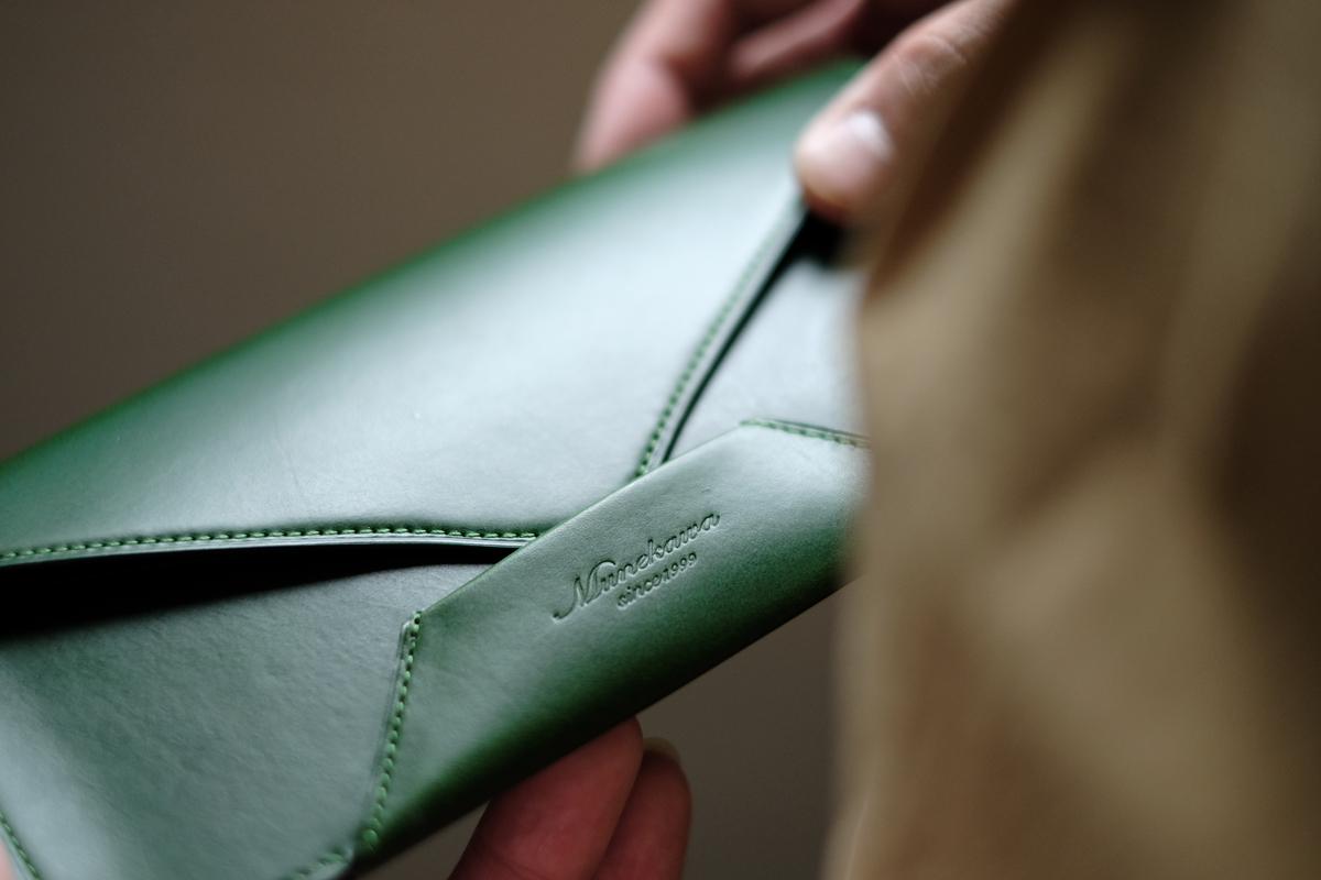 ブランドロゴはお客様との約束。 封筒型長財布 Encase製作①
