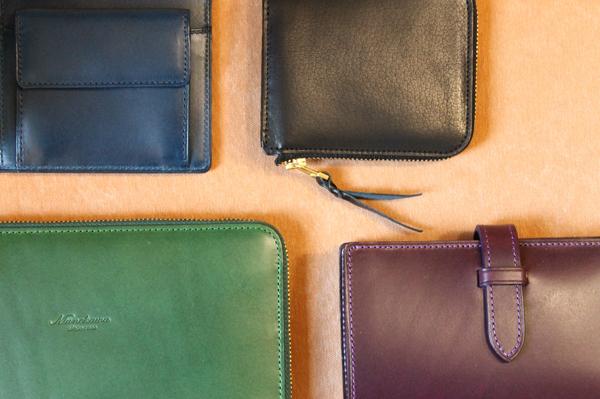 紙幣・小銭・カード一体型の財布シリーズ
