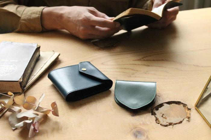 マネークリップ型財布CarriageとコインケースUndoの組み合わせ