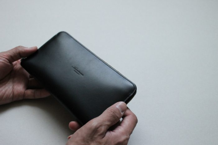 根強い人気のラウンドファスナー財布