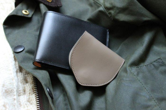 変わらず続く革財布のデザイン
