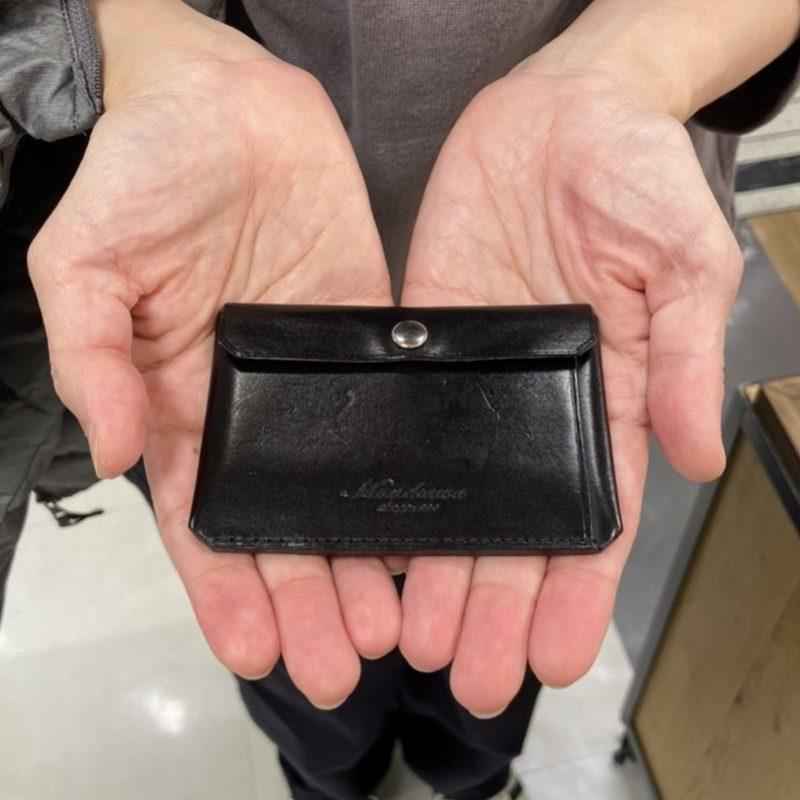 40代 女性 / カードケース Tuck ブラック