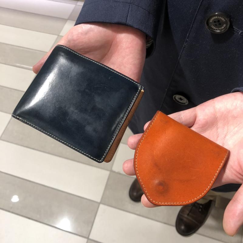 20代 男性 / 二つ折り財布 Feel Card ブルー