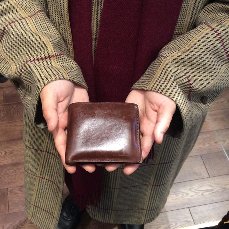 20代 男性 / 二つ折り財布 Feel Coin2  ダークブラウン