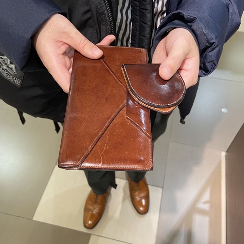 30代 男性 / 封筒型長財布 Encase ダークブラウン