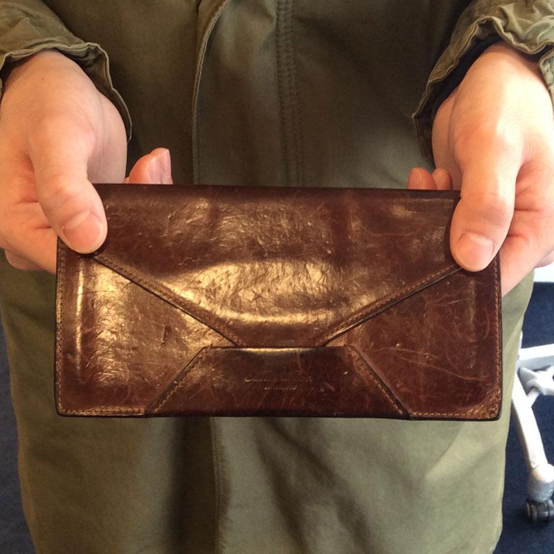 20代 男性 / 封筒型長財布 Encase ブラウン