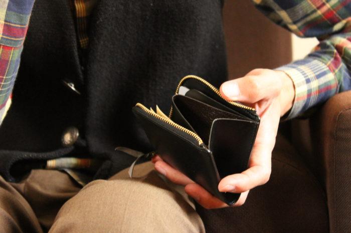 機能性の先にあるL字ファスナー財布 Cramの価値