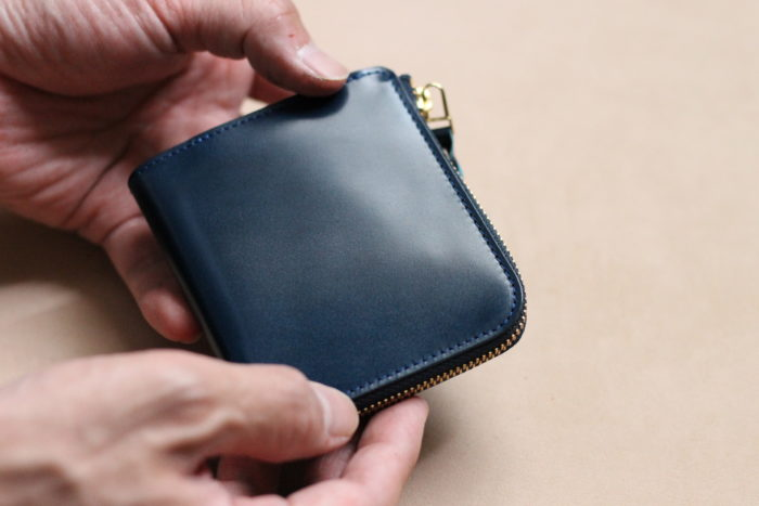 L字ファスナー財布 Cram限定版が完売いたしました。