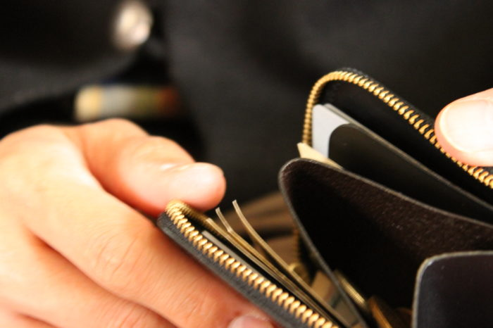 ブッテーロのL字ファスナー財布 Cramが完成しました。