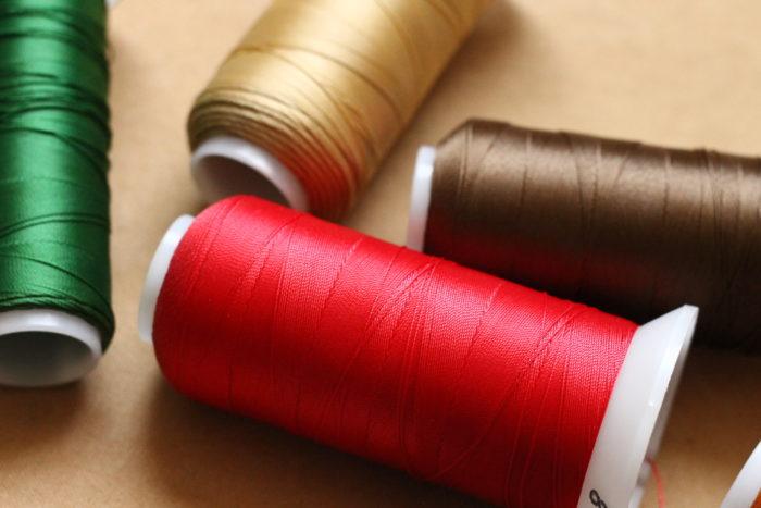 手縫いで仕上げる革小物