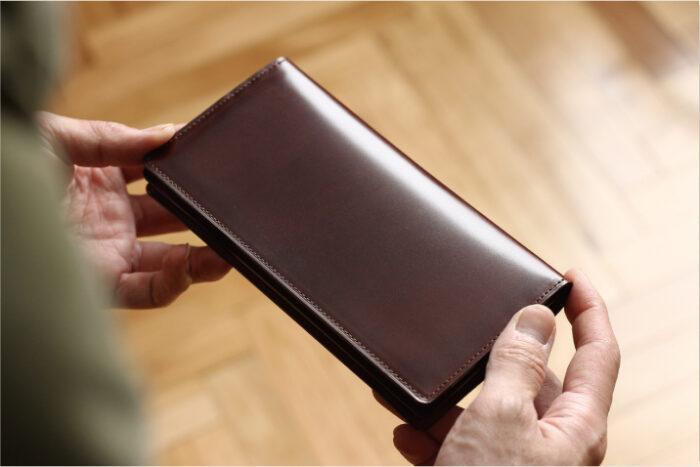 コードバンの長財布 〈限定品〉