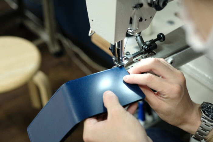 「パーツを大きく取り縫製を減らす」
